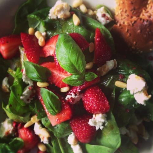 salade fraises basilic balsamique