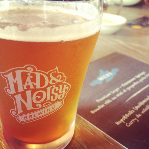 Hops & Bolts de Mad & Noisy