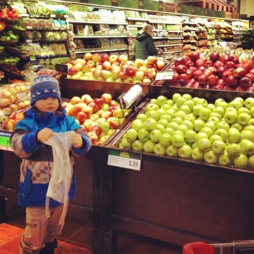 Fiston dans les fruits et légumes