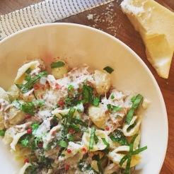 pâtes asperges, fromage et basilic
