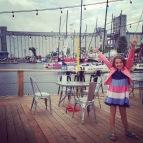 Grande Fille La Barge