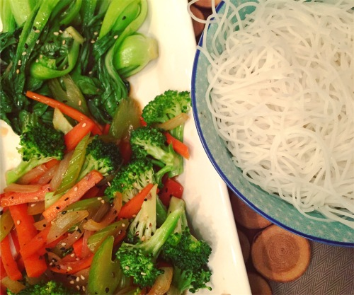 légumes et vermicelles
