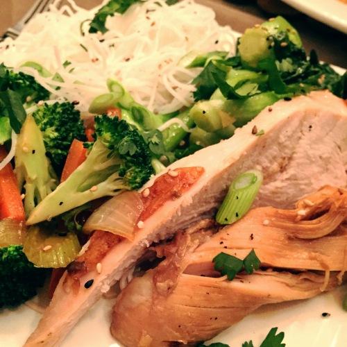 dindon, légumes, vermicelles